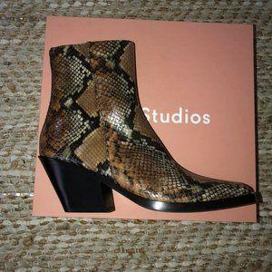 NWT Acne Studio Snakeskin Boots Size 40 Womens